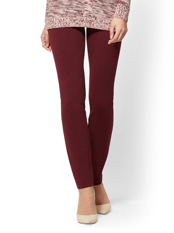 Soho Jeans - High-Waist Legging - Ponte in True Burgundy