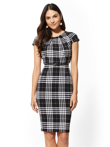 7th Avenue - Black Plaid Sheath Dress in Black