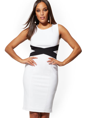 Crisscross Colorblock Sheath Dress in Paper White