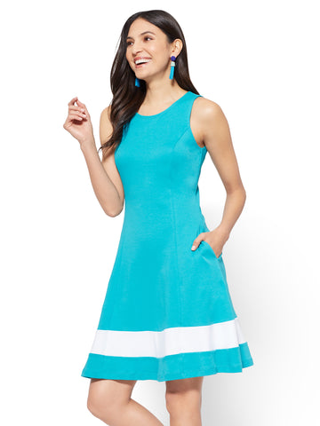 Cotton Colorblock Sleeveless Fit & Flare Dress in Aqua Bar