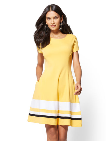 Colorblock Cotton Fit and Flare Dress in Delightful Daisy