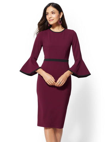 7th Avenue - Piped Bell-Sleeve Dress in Burgundy Spice