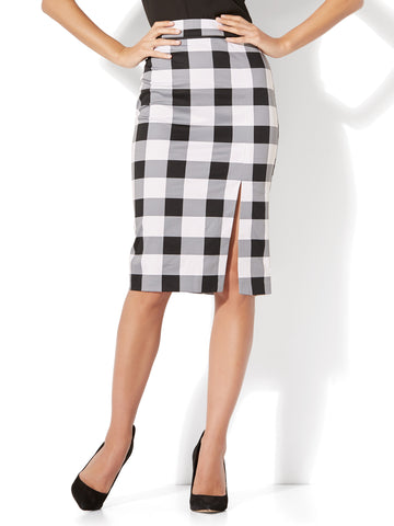 7th Avenue - Front Slit Pencil Skirt - Modern - Gingham in Black & White