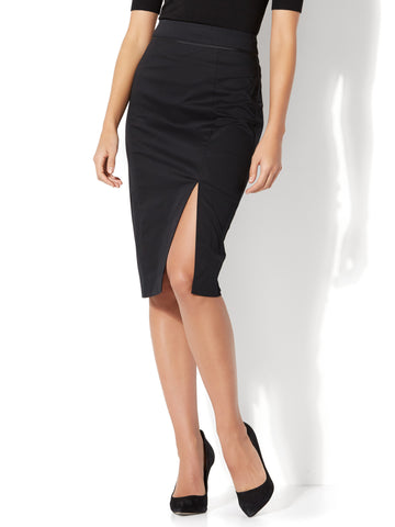 7th Avenue - Front Slit Pencil Skirt - Modern in Black