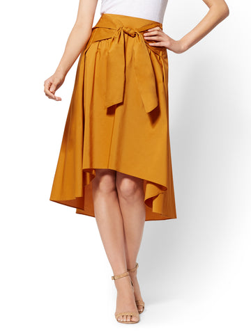 7th Avenue - Tie-Front Hi-Lo Skirt in Honey Glaze