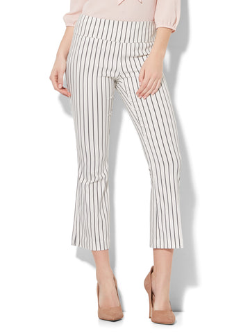 7th Avenue Pant - Pull-On Kick Ankle Pant - Modern - Stripe in Black & White