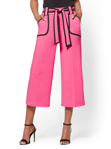 7th Avenue Pant - Piped Wide-Leg Culotte in Hibiscus Pink