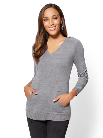 V-Neck Hooded Sweater in Medium Heather Grey