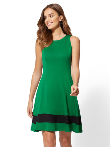 Colorblock Fit and Flare Cotton Dress in Irish Landscape