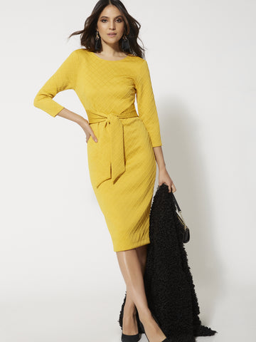 7th Avenue - Quilted Tie-Front Sheath Dress in Gold Exchange