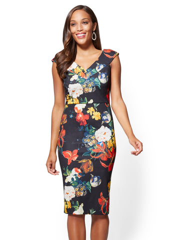 V-Neck Sheath Dress - Floral in Black