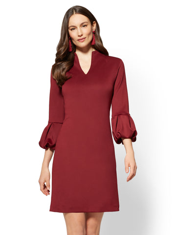 7th Avenue - Balloon-Sleeve Shift Dress in Classic Sangria