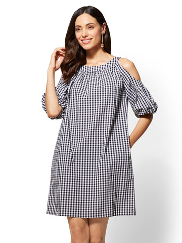Gingham Cold-Shoulder Shift Dress in Black/White