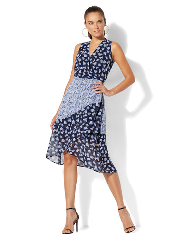 Ditsy-Floral Wrap Dress in Grand Sapphire