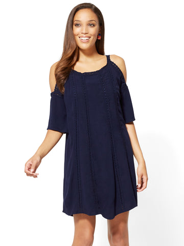 Crochet-Trim Cold-Shoulder Shift Dress in Grand Sapphire
