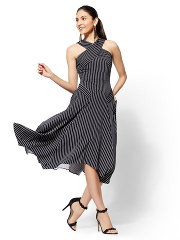 7th Avenue - Crisscross Fit and Flare Dress in Black/White