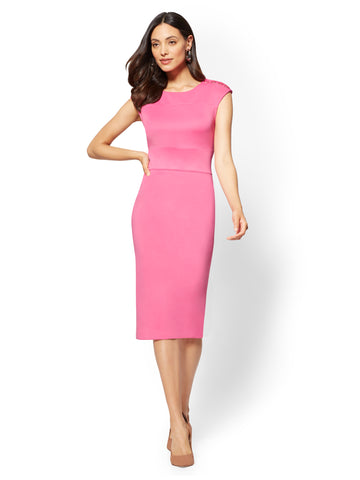 7th Avenue - Button-Accent Scoopneck Dress in Hibiscus Pink