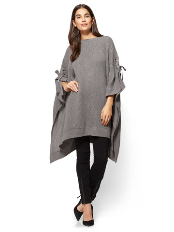 Lace-Up Poncho in Medium Heather Grey