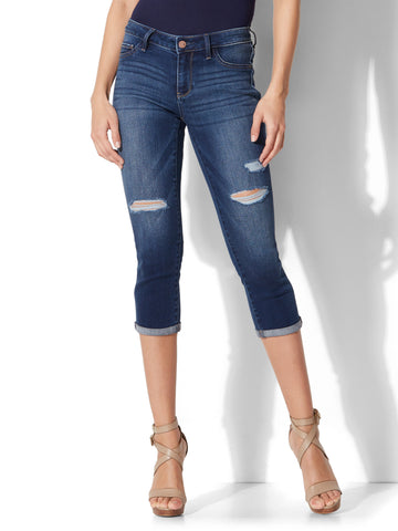 Soho Jeans - Destroyed Curvy Cropped Legging in Force Blue Wash