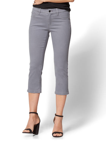Soho Jeans - Curvy Cropped Legging in Carlson Grey