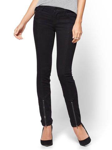 Soho Jeans - Zip-Accent Legging - Black  in Black