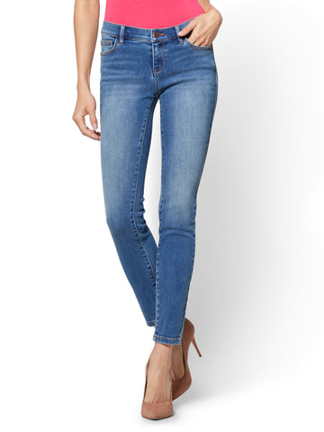 Soho Jeans - Legging - Blue Bandit Wash in Blue Bandit Wash