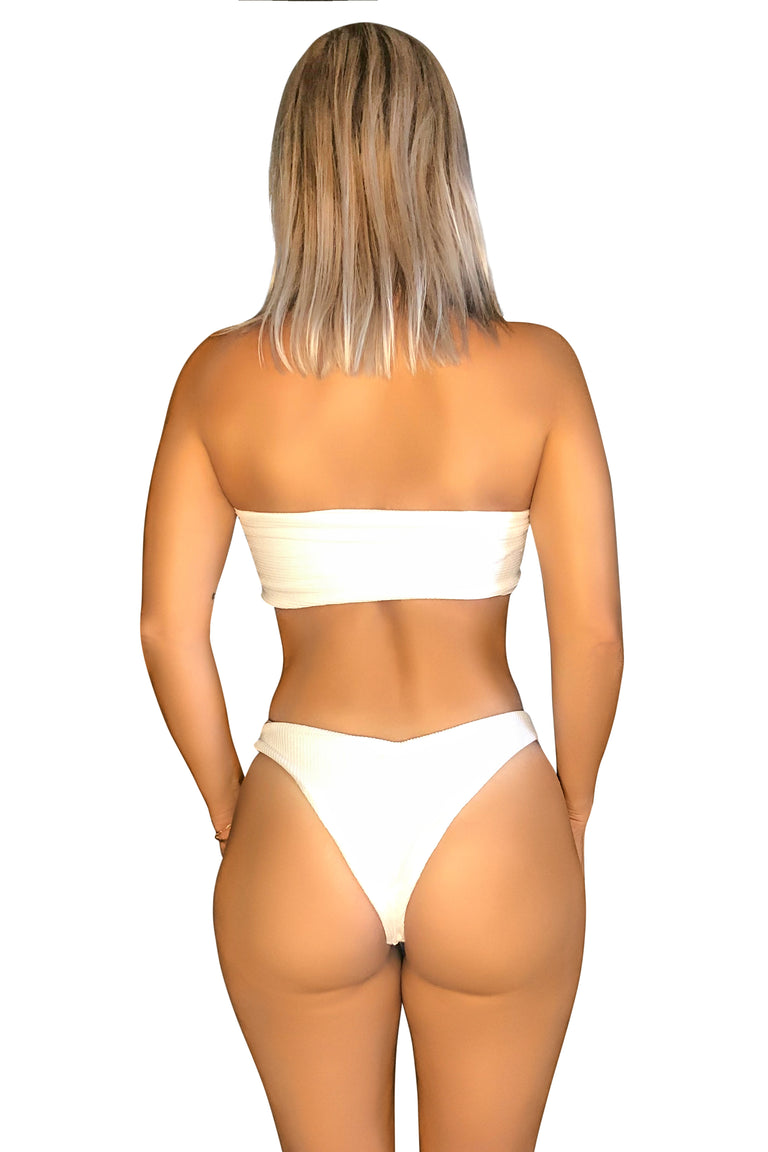 WHITE BANDEAU 3 WAYS TO WEAR | BIKINI SET