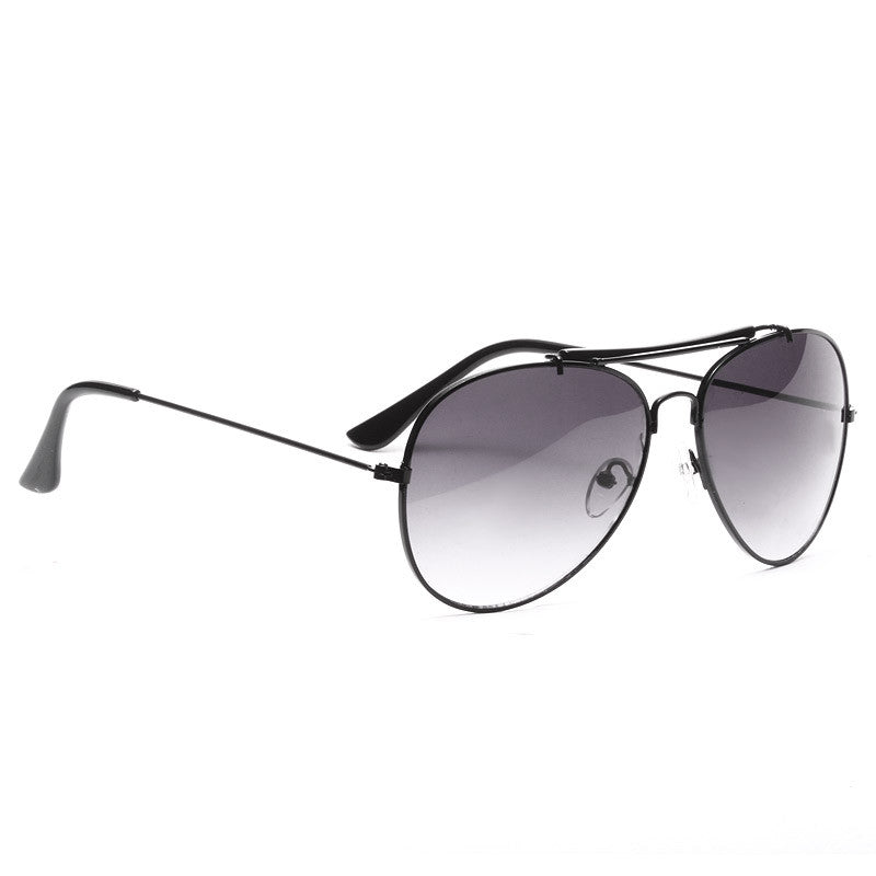 Outdoorsman Classic 56Mm Gradient Aviator Sunglasses