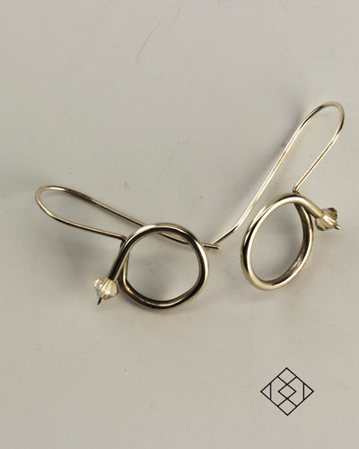 Curved tube earring - Jennifer