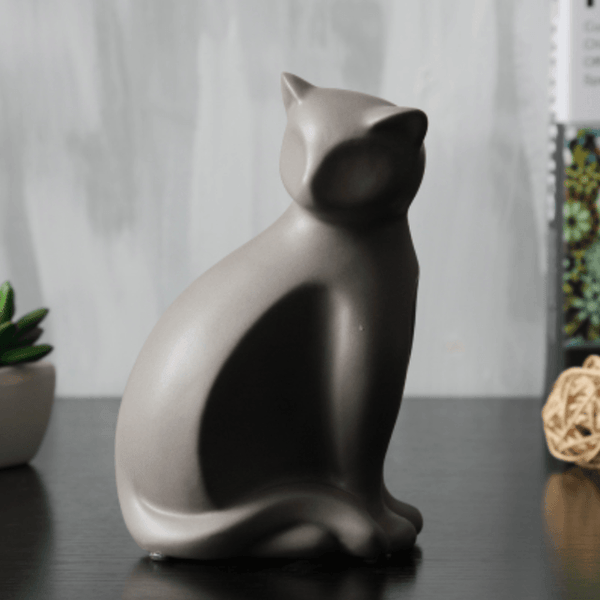 Minimalist Ceramic Lucky Cat Statue - Light Brown