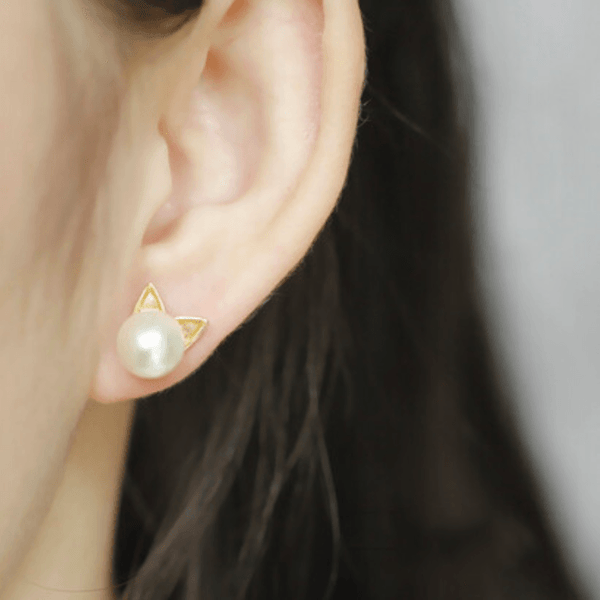 Cat Pearl Earrings - Wearing