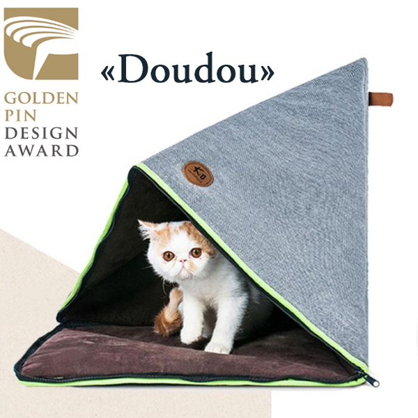 "Cat Triangular Bed Tent ""Doudou"" - Design Award 2018"