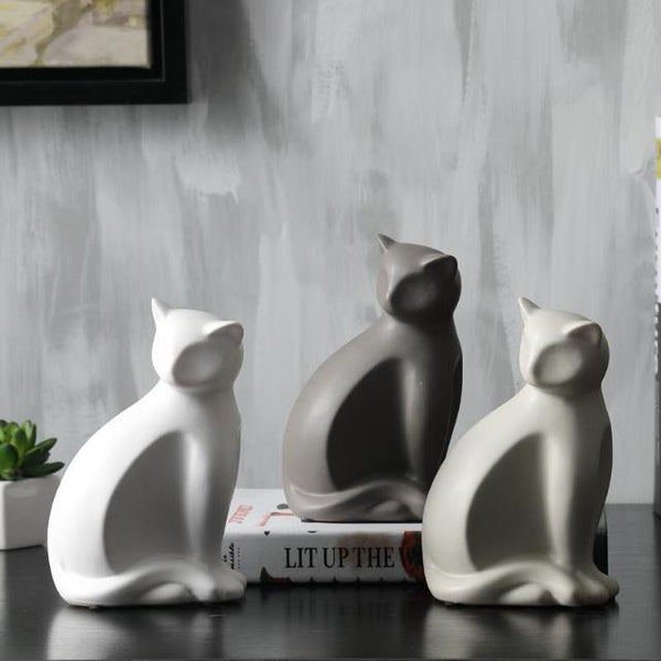 Minimalist Ceramic Lucky Cat Statue