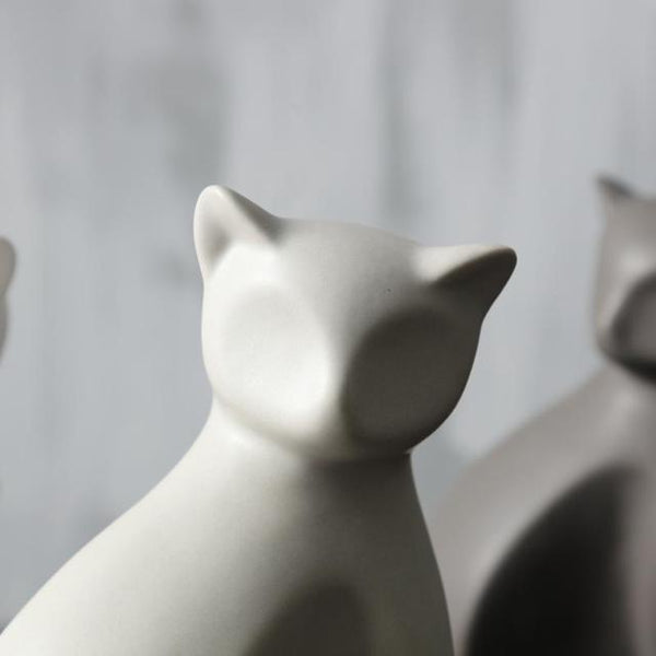 Minimalist Ceramic Lucky Cat Statue - Face