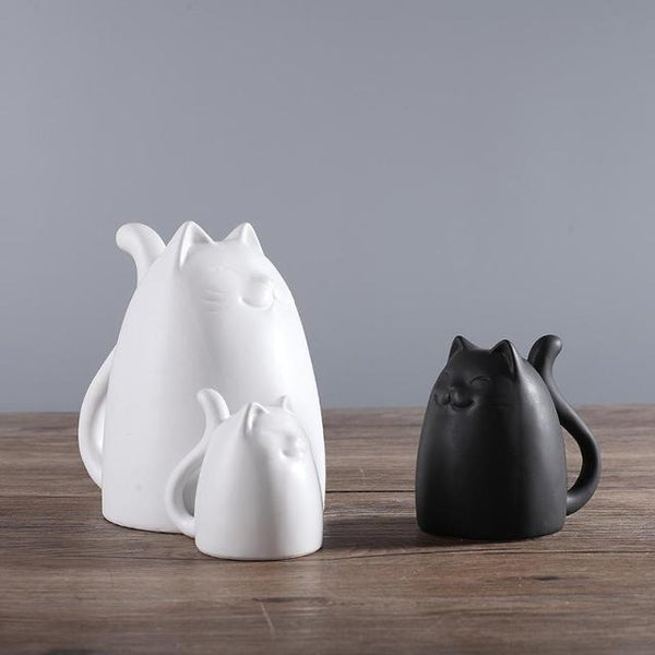 Black and White Ceramic Cats Figurine