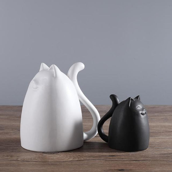 Black and White Ceramic Cats Figurine - Big White + Little Black