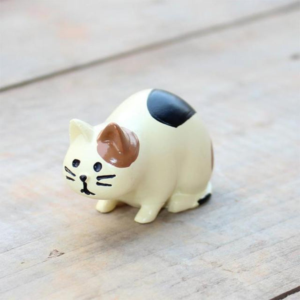 Miniature Cat Figurine - Sitting Cat