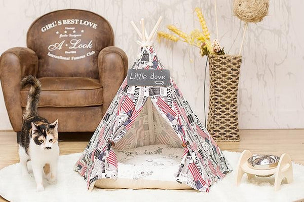 "American Flag ""FreeLove"" Cat Teepee"