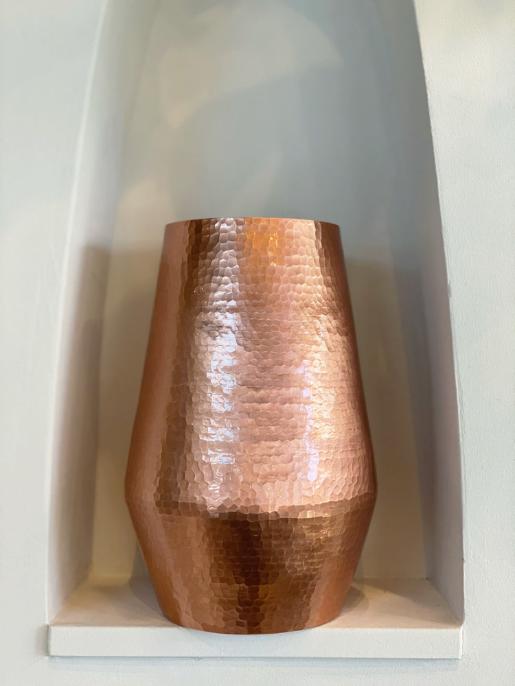 Load image into Gallery viewer, Handmade Copper Ocher Vase