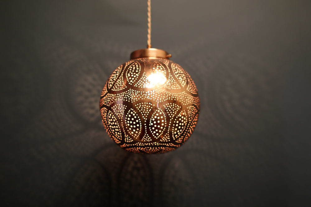 Load image into Gallery viewer, Rabat Moroccan Lantern