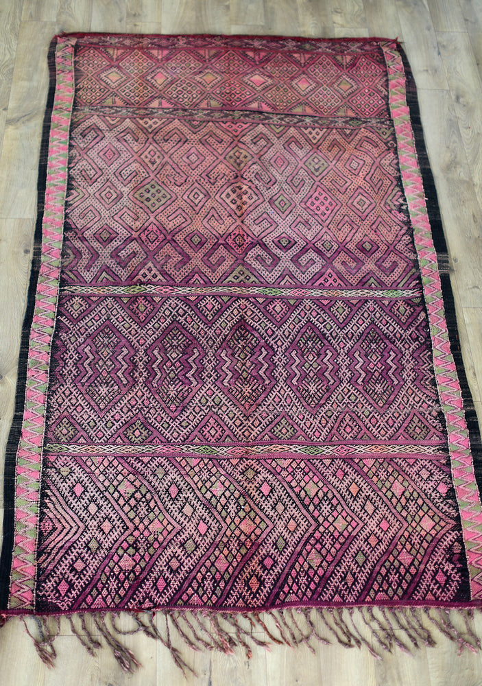 Load image into Gallery viewer, Vintage Moroccan Kilim Rug No. 2034