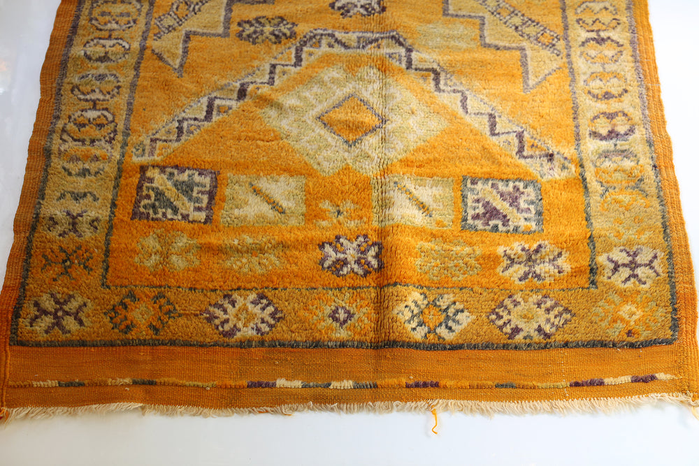 Load image into Gallery viewer, Vintage Taznakht Moroccan Rug, No. 2059