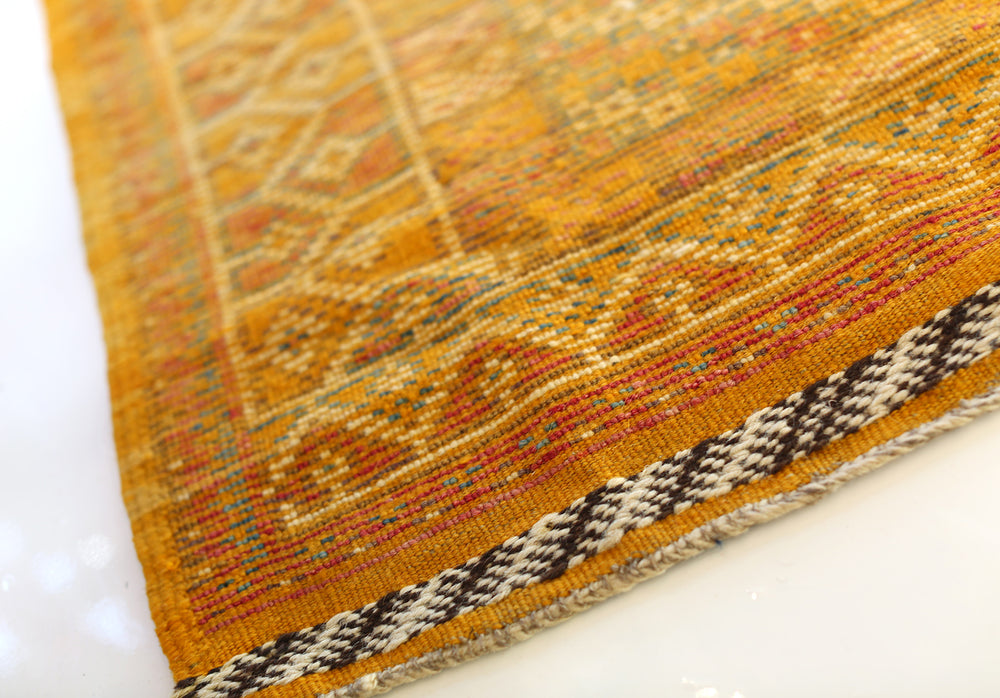 Load image into Gallery viewer, Vintage Taznakht Moroccan Rug, No. 2060