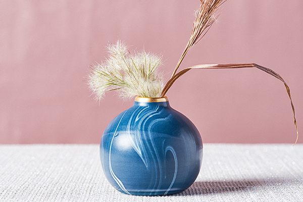 Round Marbled Bud Vase in Navy