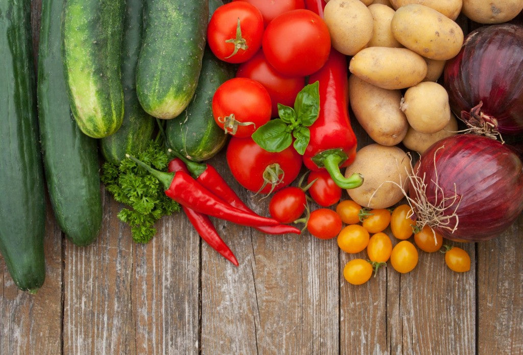 all different kinds of garden vegetables