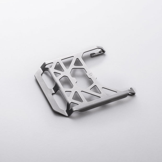 M1 CHASSIS CLIP
