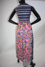 Load image into Gallery viewer, Vintage 1970s Psychedelic print maxi dress