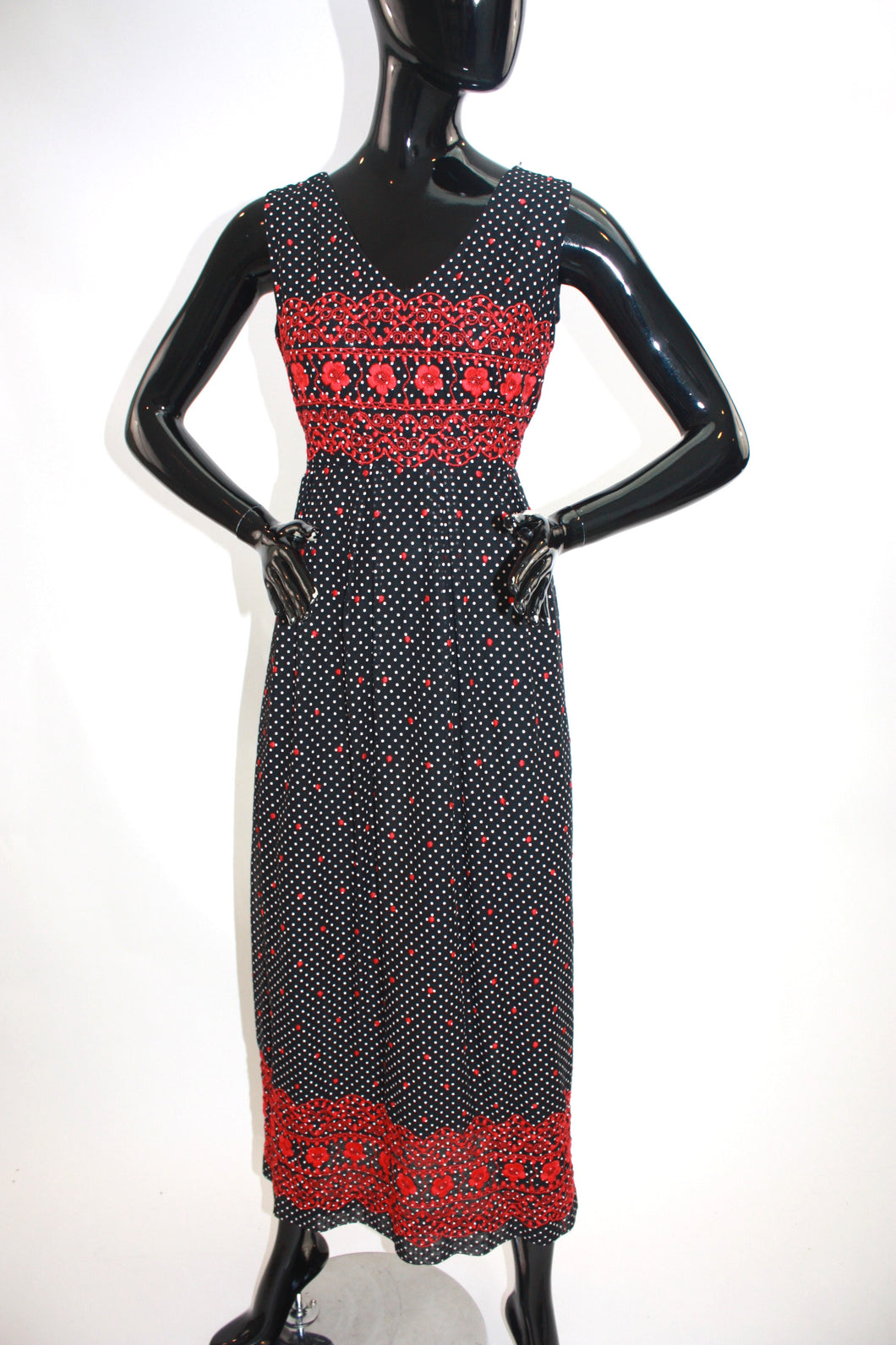 Vintage 1970s soft Cotton polka dot embroidered maxi dress