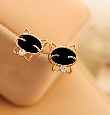 FREE! Get this Gorgeous Black Cat Earrings Absolutely Free, You only Pay Shipping and Handling