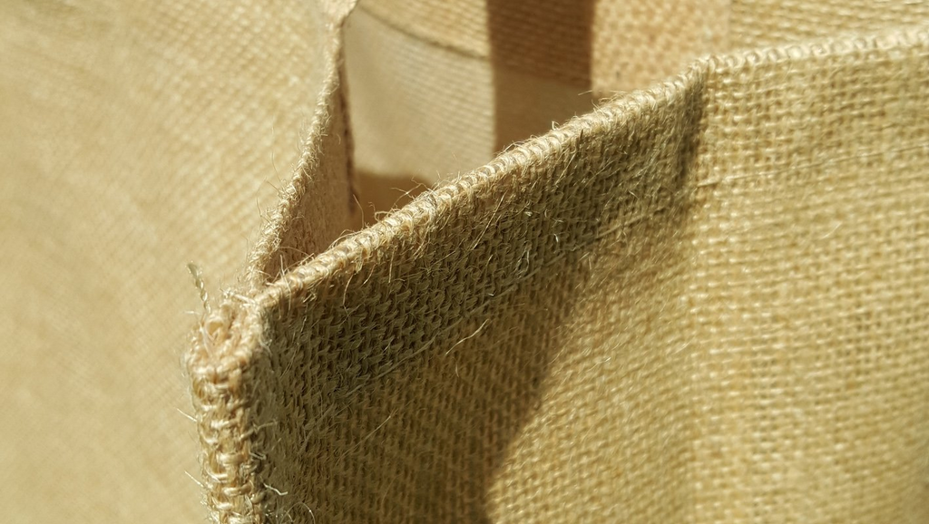 Hessian Versus Jute - Fresh News
